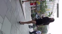 高挑美腿援交女火辣黑色包臀短裙